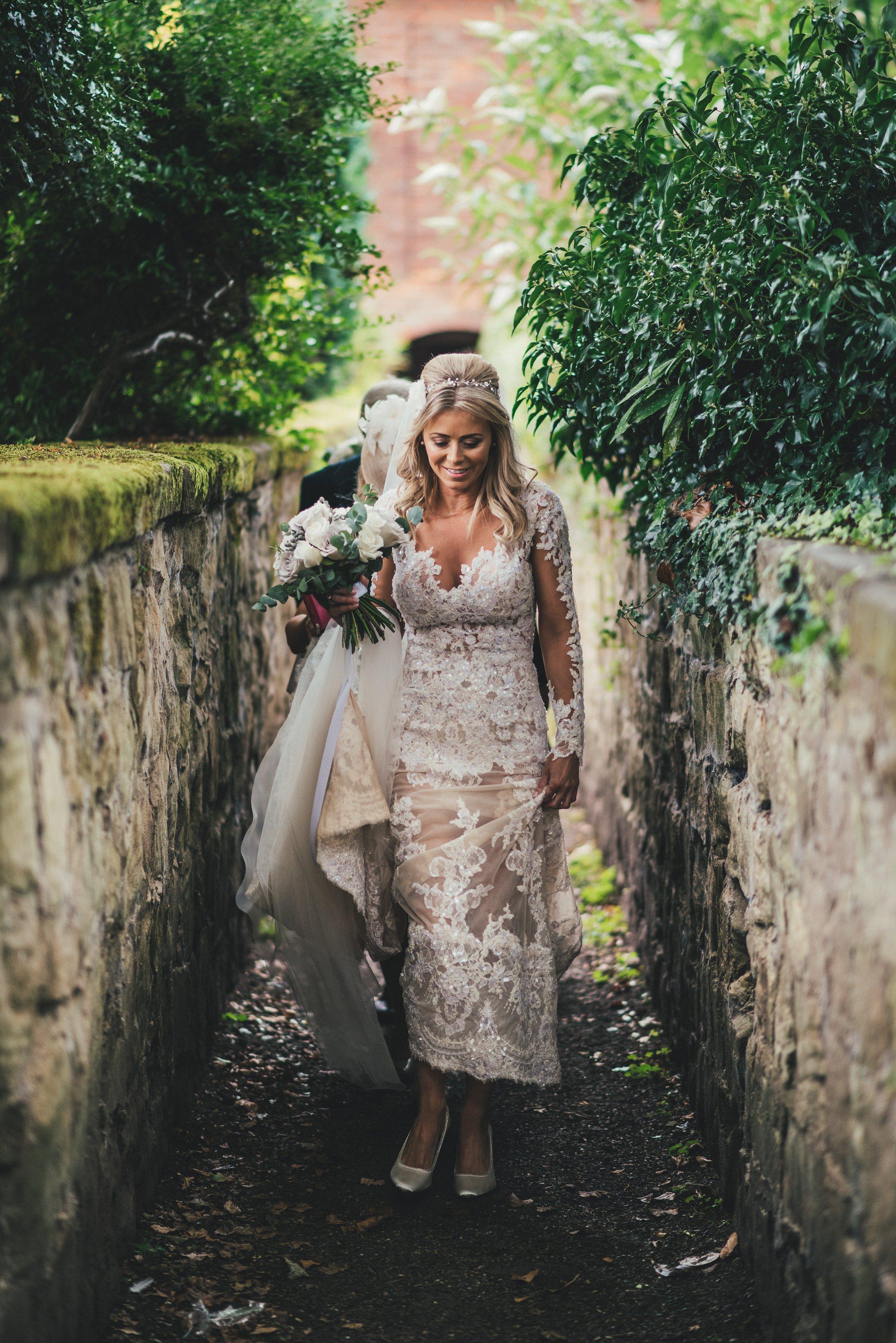Wedding Photographer Newton House Barns_0012
