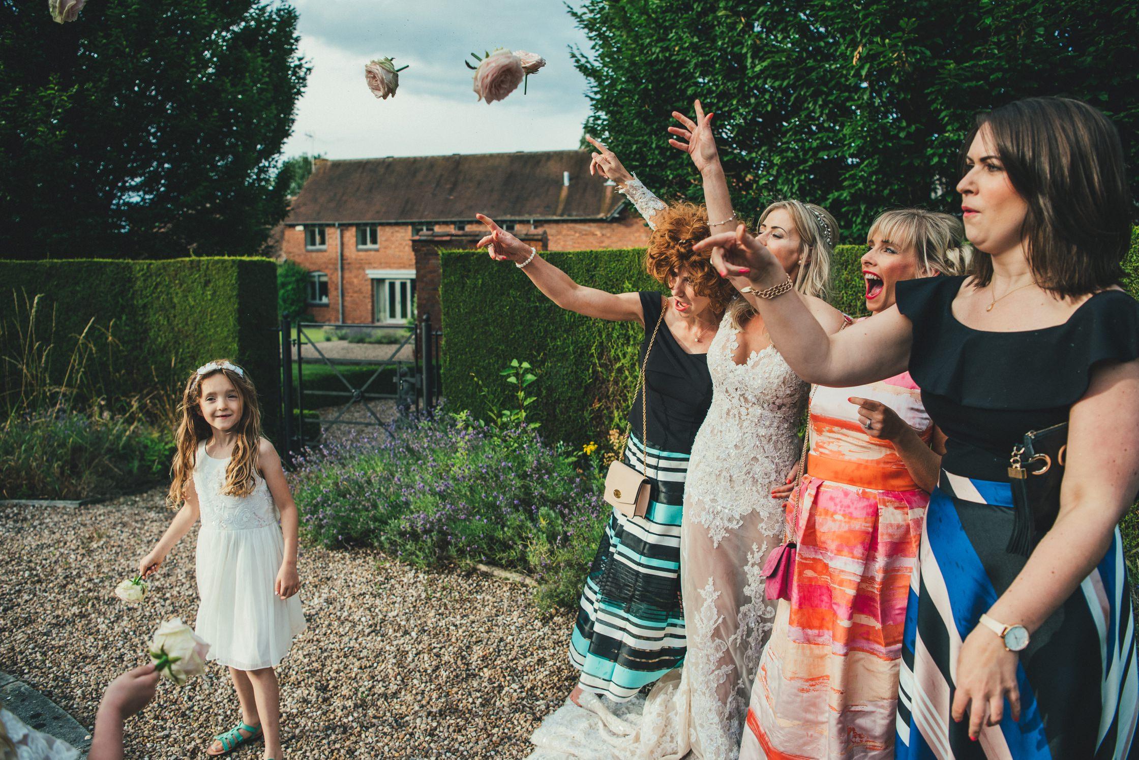 Wedding Photographer Newton House Barns_0041